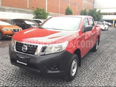 Foto venta Auto Seminuevo Nissan NP300 NP300 DOBLE CABINA SE AC PAQ S (2018) color Rojo precio $305,000