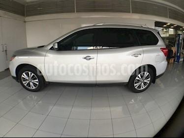 Foto venta Auto Seminuevo Nissan Pathfinder Advance (2017) color Plata precio $575,000