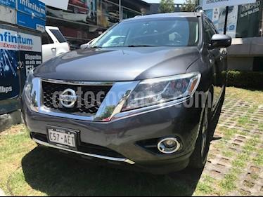 Foto venta Auto Seminuevo Nissan Pathfinder Exclusive 4x4 (2013) color Gris precio $289,500