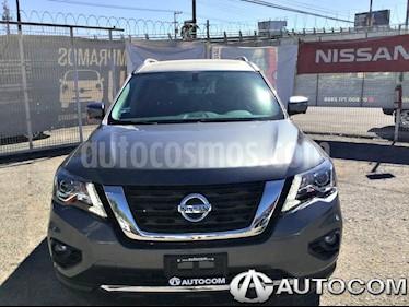 Foto venta Auto Seminuevo Nissan Pathfinder Exclusive 4x4 (2017) color Gris Oxford precio $663,000