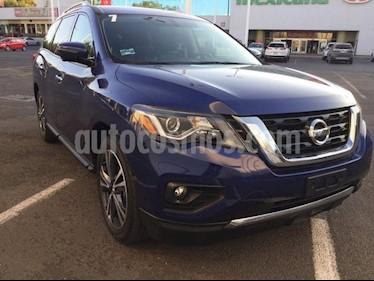 Foto venta Auto Seminuevo Nissan Pathfinder Exclusive 4x4 (2017) color Azul precio $590,000
