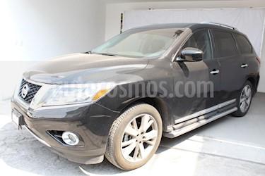 Foto venta Auto Seminuevo Nissan Pathfinder Exclusive 4x4 (2016) color Negro precio $455,000