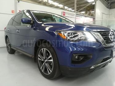 Foto venta Auto Seminuevo Nissan Pathfinder Exclusive (2017) color Azul precio $620,000