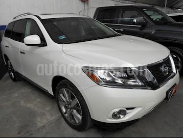Foto venta Auto Usado Nissan Pathfinder Exclusive (2016) color Blanco precio $465,000