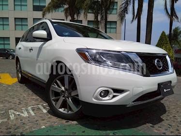 Foto venta Auto Seminuevo Nissan Pathfinder Exclusive (2013) color Blanco precio $300,000