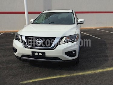 Foto venta Auto Seminuevo Nissan Pathfinder Exclusive (2018) color Blanco precio $640,000