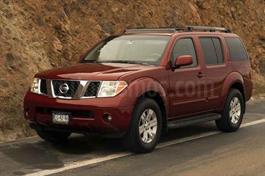 foto Nissan Pathfinder SE 4x2 Premium