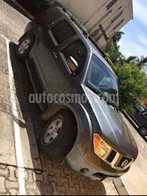 Foto venta Auto Seminuevo Nissan Pathfinder SE 4x2 Premium (2007) color Gris Oscuro precio $115,000