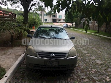Foto venta Auto Seminuevo Nissan Platina A 1.6L Aut (2002) color Gris precio $40,000