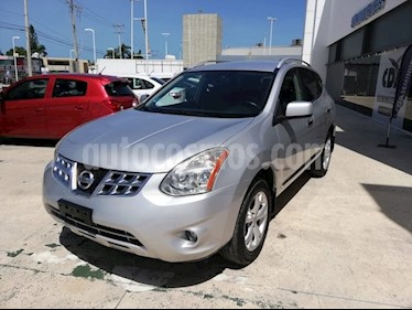 Foto venta Auto Seminuevo Nissan Rogue Advance (2014) color Plata precio $199,000