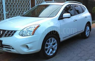 Foto venta Auto Seminuevo Nissan Rogue Exclusive (2014) color Blanco precio $230,000
