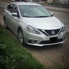 foto Nissan Sentra Advance