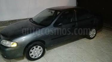 Nissan Sentra Clasico L4,1.8i,16v S 2 1 usado (2001) color Gris Metalico precio u$s5,500