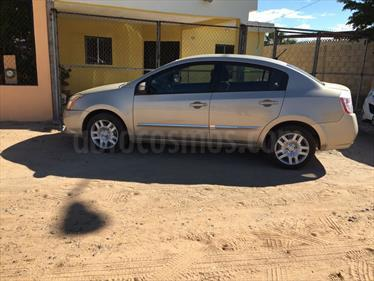 Foto venta Auto Seminuevo Nissan Sentra Custom (2010) color Arena precio $120,000