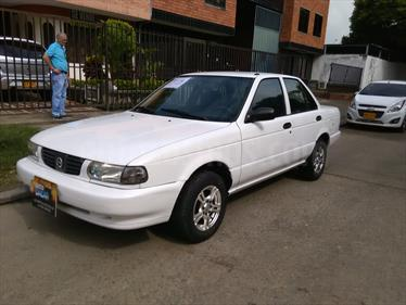 Nissan Sentra Sincronico Rines de lujo- usado (2005) color Blanco precio $14.700.000