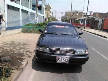Nissan Sentra V16 Clasico usado (2007) color Negro precio u$s4,200