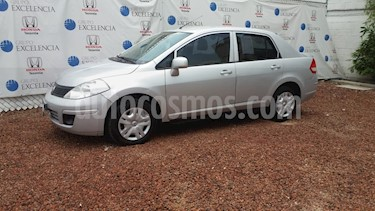 Foto venta Auto Usado Nissan Tiida Sedan Advance (2015) color Plata precio $138,000