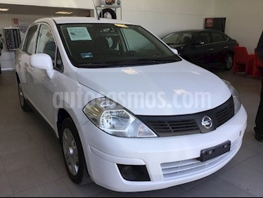 Foto venta Auto Seminuevo Nissan Tiida Sedan TIIDA SEDAN DRIVE T/M C/A (2015) color Blanco precio $128,000