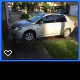 Foto venta Auto Usado Nissan Tiida Tekna (2010) color Plata Metalizado precio $180.000