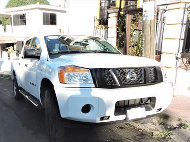 foto Nissan Titan Crew Cab 4x4 S