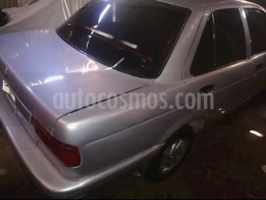 Nissan V-16 1.6 Ex usado (2010) color Gris Plata  precio $1.700.000