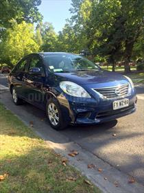 Foto venta Auto usado Nissan Versa 1.6L Sense Aut c/Llantas (2013) color Azul Oscuro precio $5.990.000