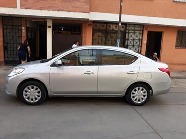 Nissan Versa  1.6L Sense  usado (2013) color Plata Brillante precio u$s10,200