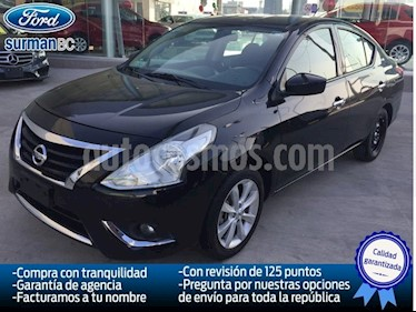 Foto venta Auto Seminuevo Nissan Versa ADVANCE A/T A/C 1.6L (2015) color Negro precio $165,000