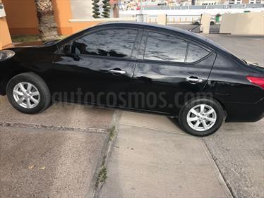 Foto venta Auto Seminuevo Nissan Versa Advance Aut  (2014) color Negro precio $143,000