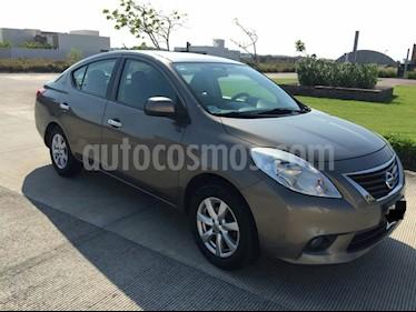 Foto venta Auto Seminuevo Nissan Versa Advance Aut (2012) color Bronce precio $120,000