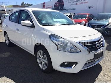 Foto venta Auto Seminuevo Nissan Versa Advance Aut (2017) color Blanco precio $190,000