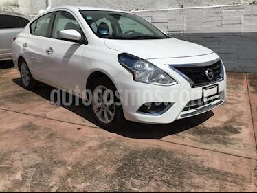 Foto venta Auto Seminuevo Nissan Versa Advance Aut (2017) color Blanco precio $188,000
