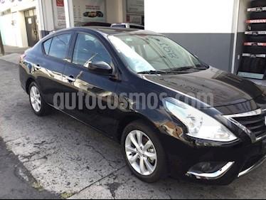 Foto venta Auto Seminuevo Nissan Versa Advance Aut (2017) color Negro precio $190,000
