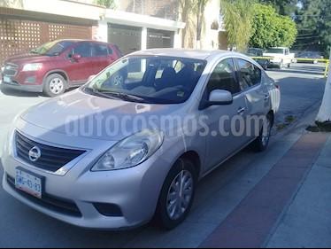 Foto venta Auto usado Nissan Versa Advance Aut (2012) color Gris precio $98,000