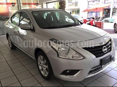 Foto venta Auto Seminuevo Nissan Versa ADVANCE T_A A_C 1.6L (2017) color Plata precio $194,000