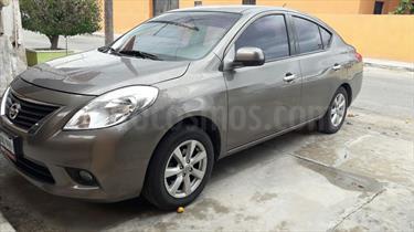 Foto venta Auto Usado Nissan Versa Advance  (2014) color Plata precio $132,000