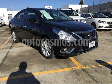 Foto venta Auto Seminuevo Nissan Versa Advance (2017) color Negro precio $191,000