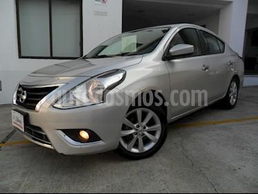 Foto venta Auto Seminuevo Nissan Versa Advance (2016) color Plata precio $162,000