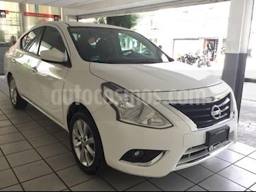 Foto venta Auto Seminuevo Nissan Versa Advance (2015) color Blanco precio $148,000