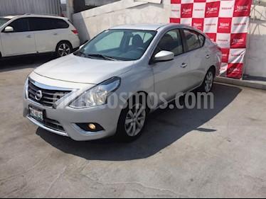Foto venta Auto Seminuevo Nissan Versa Advance (2018) color Plata precio $200,000
