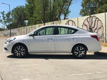 Foto venta Auto usado Nissan Versa Exclusive Aut (2017) color Blanco precio $319.900