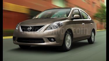 Foto venta Auto Usado Nissan Versa Exclusive Aut (2013) color Gris Oxford precio $155,000