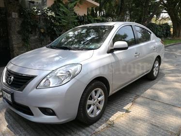 Foto venta Auto Usado Nissan Versa Exclusive Aut (2013) color Gris Plata  precio $135,000