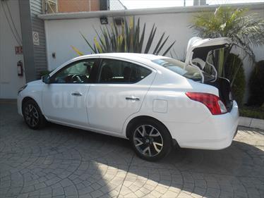Foto venta Auto Usado Nissan Versa Exclusive Aut  (2018) color Blanco precio $260,700