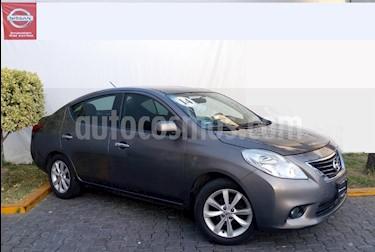Foto venta Auto Seminuevo Nissan Versa Exclusive Aut (2014) color Cafe precio $159,000