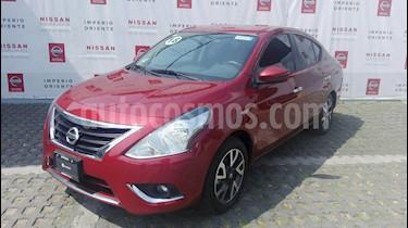 Foto venta Auto Seminuevo Nissan Versa Exclusive NAVI Aut (2018) color Rojo precio $235,000