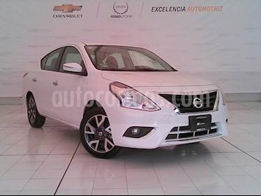 Foto venta Auto Seminuevo Nissan Versa Exclusive NAVI Aut (2018) color Blanco precio $220,000