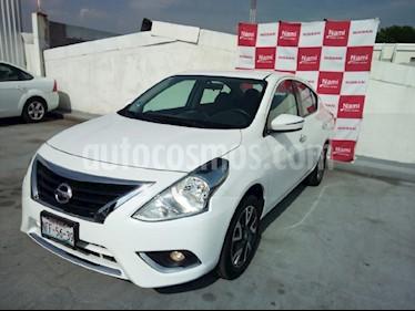 Foto venta Auto Seminuevo Nissan Versa Exclusive NAVI Aut (2018) color Blanco precio $235,000