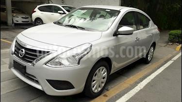Foto venta Auto Usado Nissan Versa Sense Aut (2016) color Plata precio $158,000