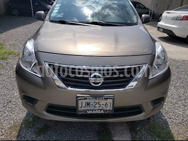 Foto Nissan Versa Sense usado (2012) color Acero precio $110,000